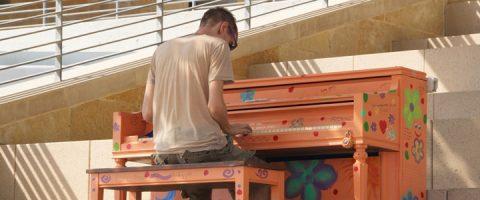 Studio 89 Piano Performances and Free Lesson